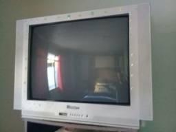 Vende-se duas TVs 29 de tubo