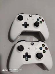 Controles Xbox One S Brancos