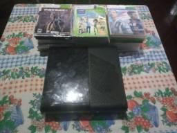Vendo Xbox 360 LT 3.0 com 50 jogos + Kinect