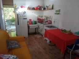 Vende-se casa em Dias d'Ávila