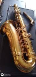 Saxofone alto júpiter