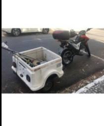 Reboque de moto com suporte pra prender em qualquer moto