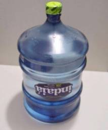 Garrafões de Água Acrílico Indaiá Novos