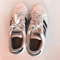 Tênis Adidas n 36