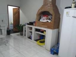 Apartamento tipo casa, dois quartos, 95m², na Rua Andre Azevedo - Olaria