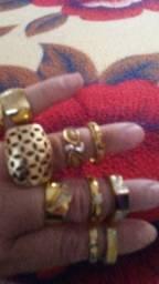 Anéis semi-jóias