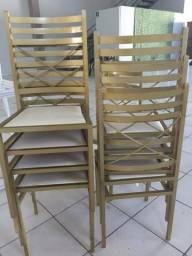 80 Cadeiras de Ferro