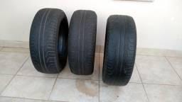03 pneus Pirelli Phantom R16 205x55