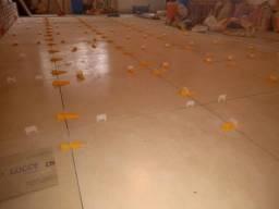 Serviços de acabamento piso azulejos e cerâmica porcelanato