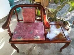 Cadeira de telefone antiga
