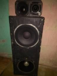 Alto falantes de 12 de 340wat e outro de250wat com Caixa de som e Box de corneta e tuita