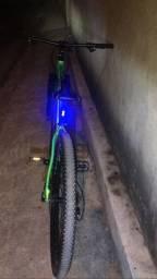 Bike só um mês de uso 1.900