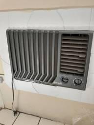 Ar condicionado Springer de 7500