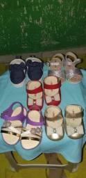 Sapatos e sandálias de bb