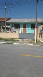 Casa em Araucária, bairro Tindiquera