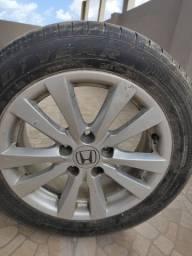 Jogos de rodas do Honda Civic ORIGINAL + 3 pneus r17 em bom estado!  PROMOÇÃO!!!!