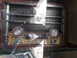 Radio retrô c bluetooth e usb