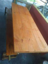 Mesa rústica com bancos!!!