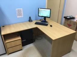 Mesa em L para escritório 1,40x1,80m