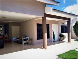 Casa com 1 Suiíte 1 dormitórios à venda, 150 m² por R$ 880.000 - Parque Verde - Cascavel/P