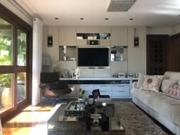 Lindo apartamento de esquina a duas quadras da Av. Maurício Cardoso