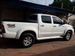 Vendo - Toyota Hilux SRV 3.0 manual