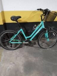 Bicicleta pouca usada