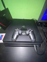 PS4 pro 1tb 2 controles 3 jogos(Não envio)