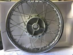 Roda traseira Comp.C100/C125/POP Biz Honda Novo