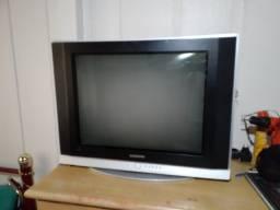 TV Samsung antiga boa