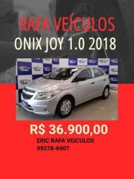 Chevrolet Onix Joy 1.0 2017/2018 com 1.000,00 de Entrada / Eric Rafa Veículos ohj