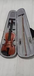 Violino 4 /4 em perfeito estado