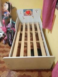 Mini cama infantil nova