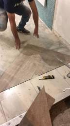 Instalação/colocação piso vinilico