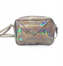 Bolsa holografica prata ou marrom transversal blogueirinha