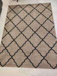 Vendo tapete 2,00 x 1,5 bem novo