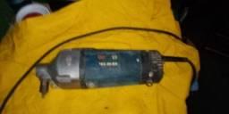 Vendo motor com vibrador de 3,5 metros Bosch