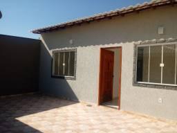CS076 Vende-se linda casa de 2Qts no bairro Vila Capri em Araruama