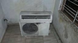 Ar condicionado , pegando perfeitamente com garantia *