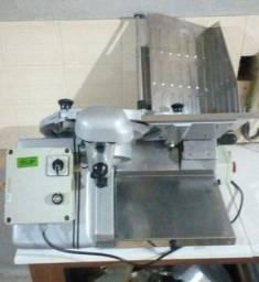 Fatiador De Frios Semi Automático Welmy 310