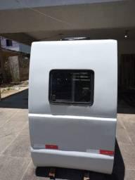Cabine de caminhão para trasporte de passageiros