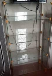 Balcão de vidro/ baleiro.