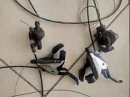 Freio mecânico e manetes com passadores integrados 3v e 8v Shimano