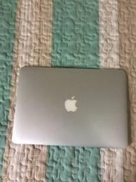 MacBook Apple 14 2012