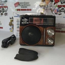 RADIO AM FM USB SD AUXILIAR RECARREGÁVEL