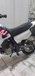 XR 200 de Trilha ano 96 - Parcelo