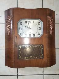 Relógio de parede francês marca Vedette década de 30 a corda