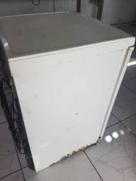 Refrigerador electrolux R130