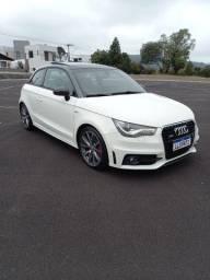 Audi a1 S-line sport 185 cv