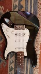Guitarra Fender preta  Strat HSS